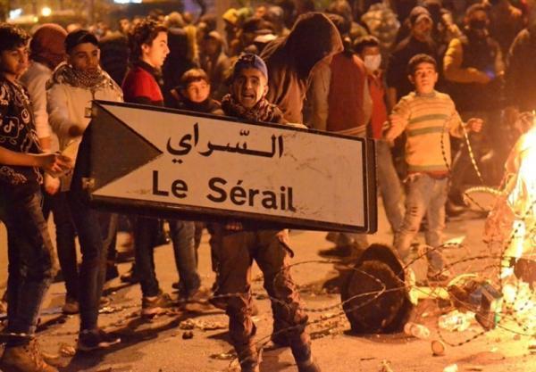ادامه اعتراضات در شمال لبنان برای سومین شب متوالی، زخمی شدن 20 نیروی پلیس