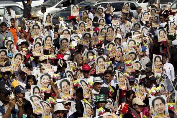 اندونزی و مالزی خواهان نشست ویژه آ سه آن پیرامون میانمار شدند