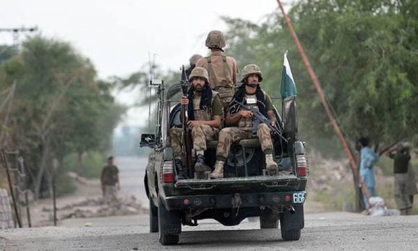 کشته شدن پنج مرزبان پاکستانی در حملات تروریستی