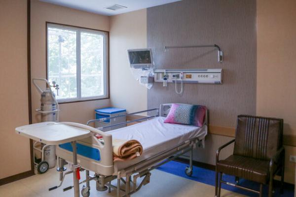 اختصاص 50 تخت تازه به بخش کرونا بیمارستان ولایت، افتتاح 48 پروژه در دامغان
